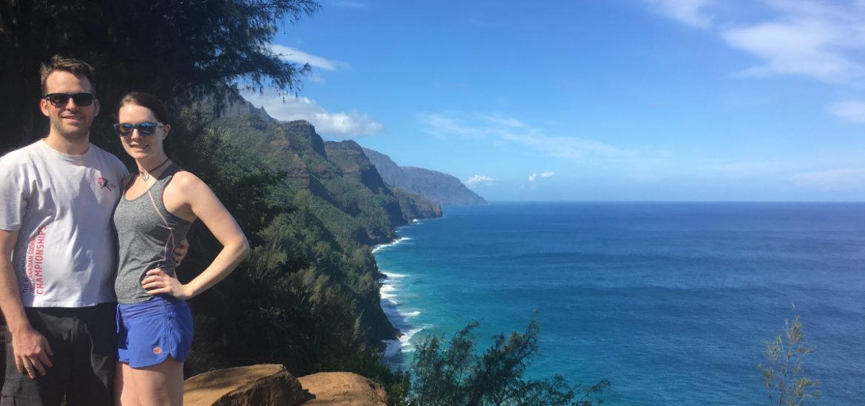 Dan and Kat hiking the Na Pali Coast Trail